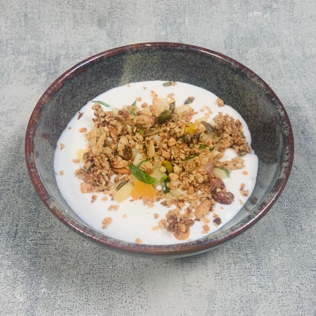 Fromage blanc grenades et granola